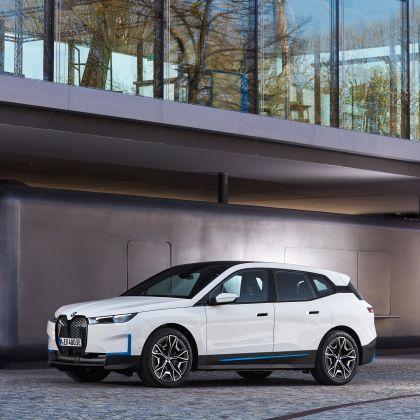 2022 BMW iX ( i20 ) xDrive40 46