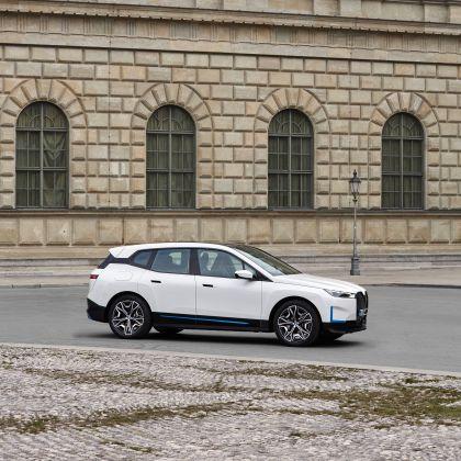 2022 BMW iX ( i20 ) xDrive40 121