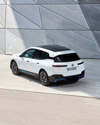 2022 BMW iX ( i20 ) xDrive40 128