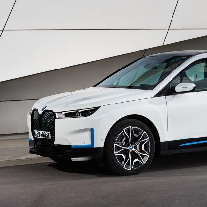 2022 BMW iX ( i20 ) xDrive40 130