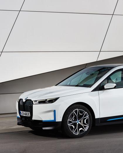 2022 BMW iX ( i20 ) xDrive40 131
