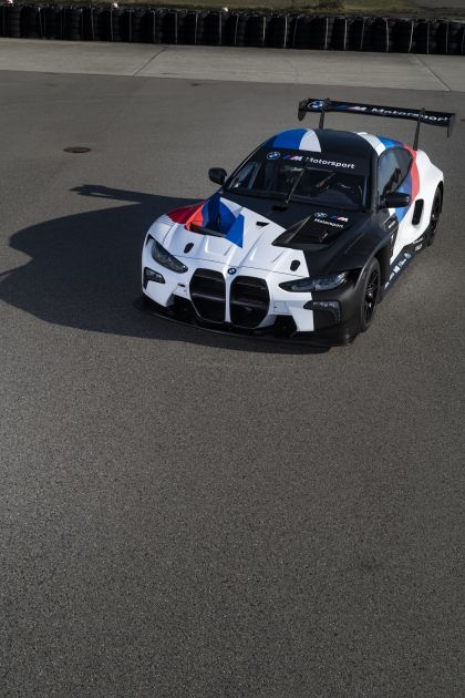 2022 BMW M4 ( G82 ) GT3 7