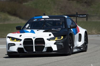 2022 BMW M4 ( G82 ) GT3 23