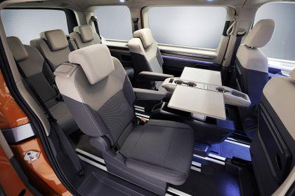 2022 Volkswagen Multivan 9