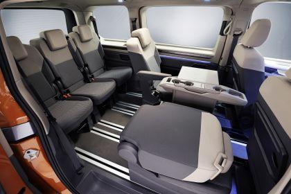 2022 Volkswagen Multivan 10