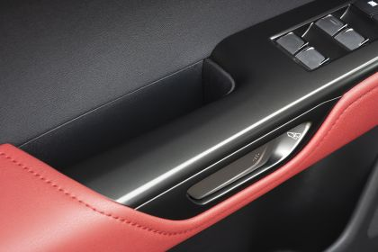 2022 Lexus NX 450h+ F Sport 108