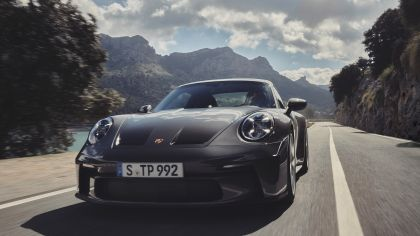 2021 Porsche 911 ( 992 ) GT3 with Touring package 6