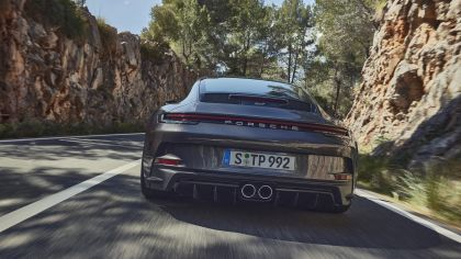 2021 Porsche 911 ( 992 ) GT3 with Touring package 7