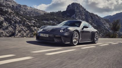 2021 Porsche 911 ( 992 ) GT3 with Touring package 8