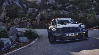 2021 Porsche 911 ( 992 ) GT3 with Touring package 9