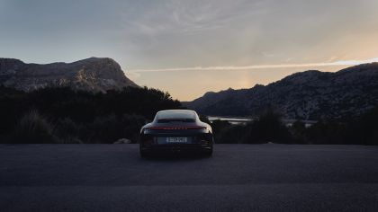 2021 Porsche 911 ( 992 ) GT3 with Touring package 13