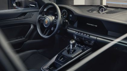 2021 Porsche 911 ( 992 ) GT3 with Touring package 18