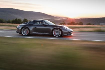 2021 Porsche 911 ( 992 ) GT3 with Touring package 31