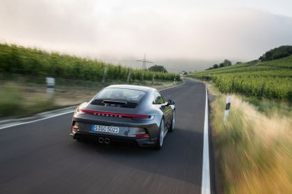 2021 Porsche 911 ( 992 ) GT3 with Touring package 37