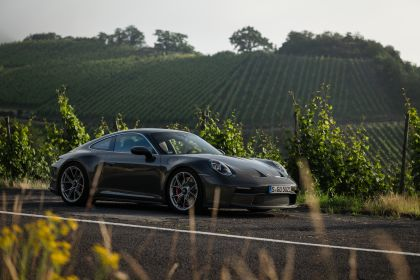 2021 Porsche 911 ( 992 ) GT3 with Touring package 52