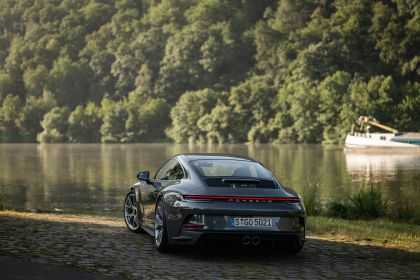 2021 Porsche 911 ( 992 ) GT3 with Touring package 53