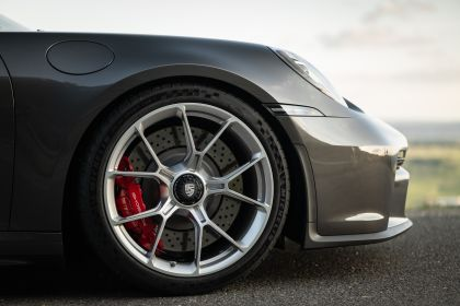 2021 Porsche 911 ( 992 ) GT3 with Touring package 57