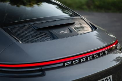 2021 Porsche 911 ( 992 ) GT3 with Touring package 59