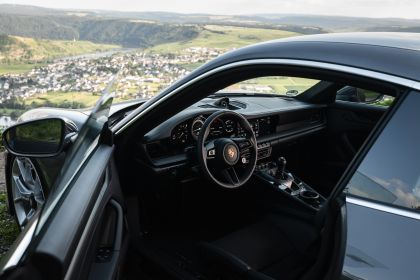 2021 Porsche 911 ( 992 ) GT3 with Touring package 66
