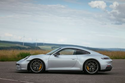 2021 Porsche 911 ( 992 ) GT3 with Touring package 71