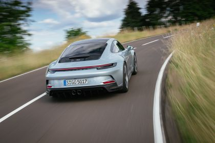 2021 Porsche 911 ( 992 ) GT3 with Touring package 84