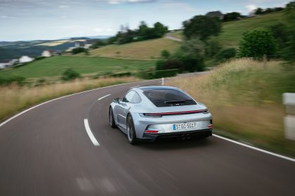 2021 Porsche 911 ( 992 ) GT3 with Touring package 91