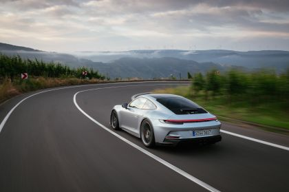 2021 Porsche 911 ( 992 ) GT3 with Touring package 98