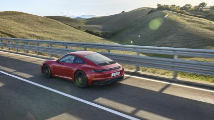 2022 Porsche 911 ( 992 ) Carrera GTS 6