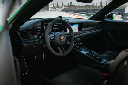 2022 Porsche 911 ( 992 ) Carrera GTS 25