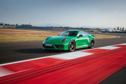 2022 Porsche 911 ( 992 ) Carrera GTS 70