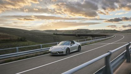 2022 Porsche 911 ( 992 ) Targa 4 GTS 5