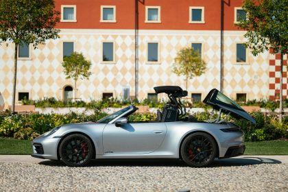 2022 Porsche 911 ( 992 ) Targa 4 GTS 23