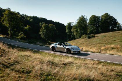 2022 Porsche 911 ( 992 ) Targa 4 GTS 30