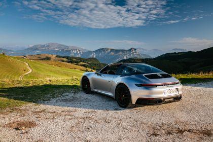 2022 Porsche 911 ( 992 ) Targa 4 GTS 34