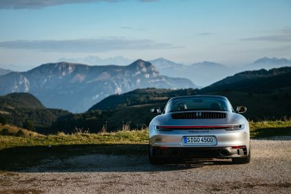 2022 Porsche 911 ( 992 ) Targa 4 GTS 36