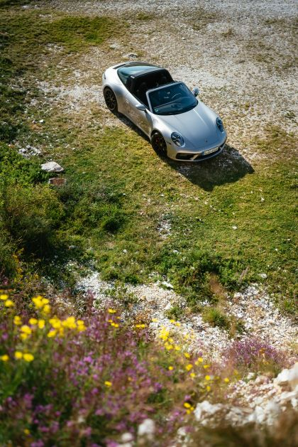 2022 Porsche 911 ( 992 ) Targa 4 GTS 42