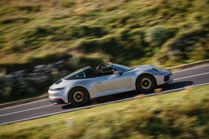 2022 Porsche 911 ( 992 ) Targa 4 GTS 46