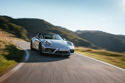 2022 Porsche 911 ( 992 ) Targa 4 GTS 51