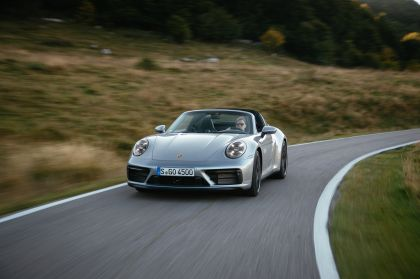 2022 Porsche 911 ( 992 ) Targa 4 GTS 52