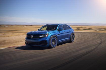 2021 Volkswagen Atlas Cross Sport GT Concept 3