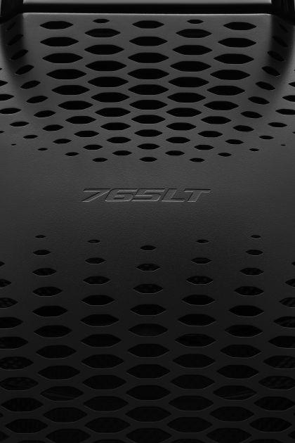 2022 McLaren 765LT spider 19