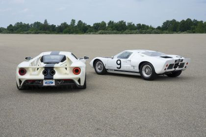 2022 Ford GT 1964 Heritage Edition 14