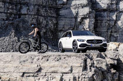 2022 Mercedes-Benz C-Class All-Terrain 20