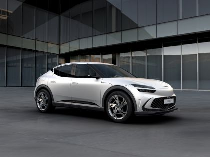 2022 Genesis GV60 13