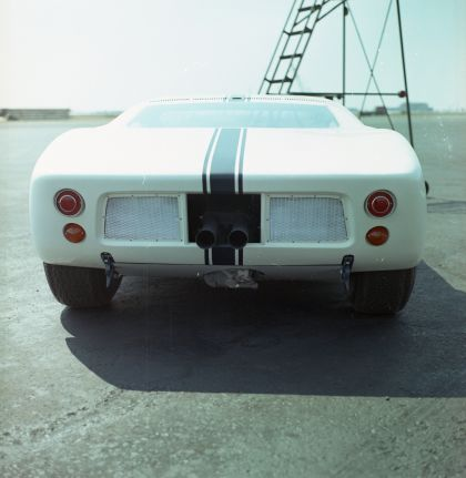 1964 Ford GT prototype 20