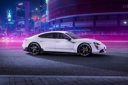 2021 Porsche Taycan with TechArt aerokit 1