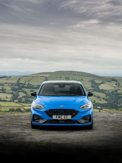 2022 Ford Focus ST Edition - UK version 4