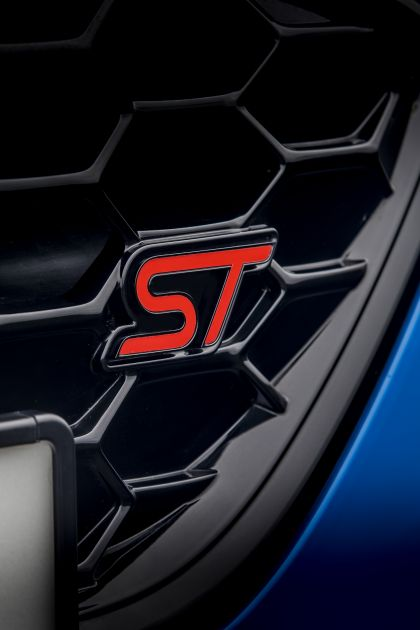 2022 Ford Focus ST Edition - UK version 26