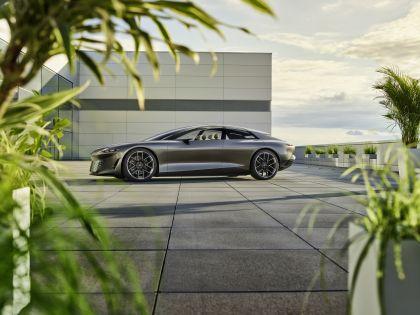 2021 Audi Grandsphere concept 11