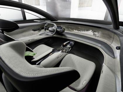 2021 Audi Grandsphere concept 25